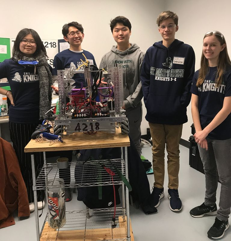 FTC Robotics Team Advanced to Semifinals